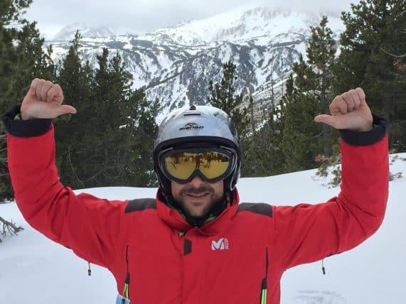 Skier et dévaler les pistes des PO