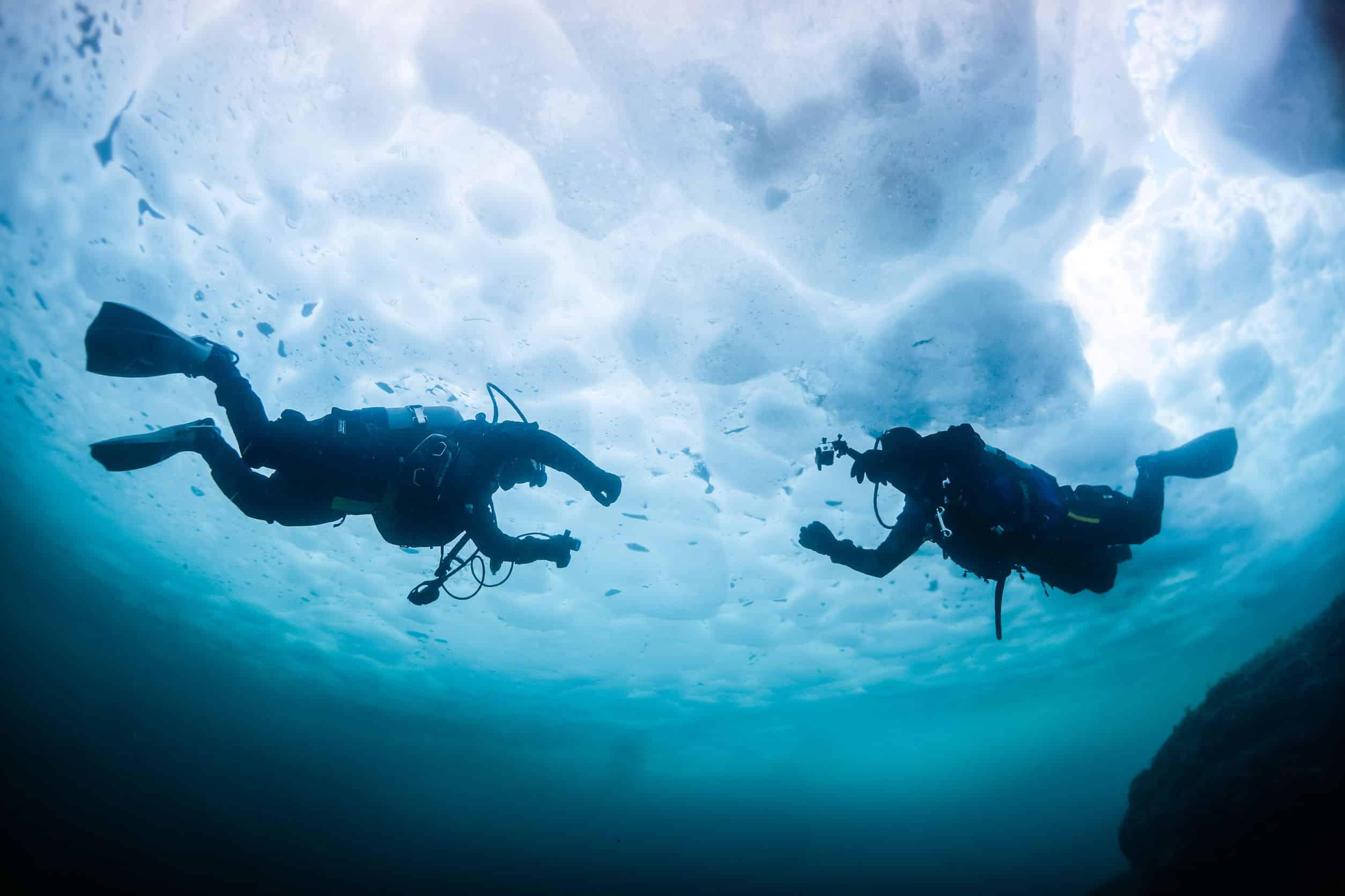 Plongée sous glace, un voyage hors du commun...